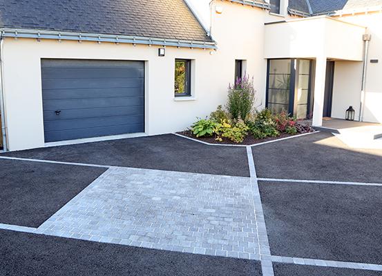 Serrault Jardins vous propose l'aménagement de votre accès de garage.