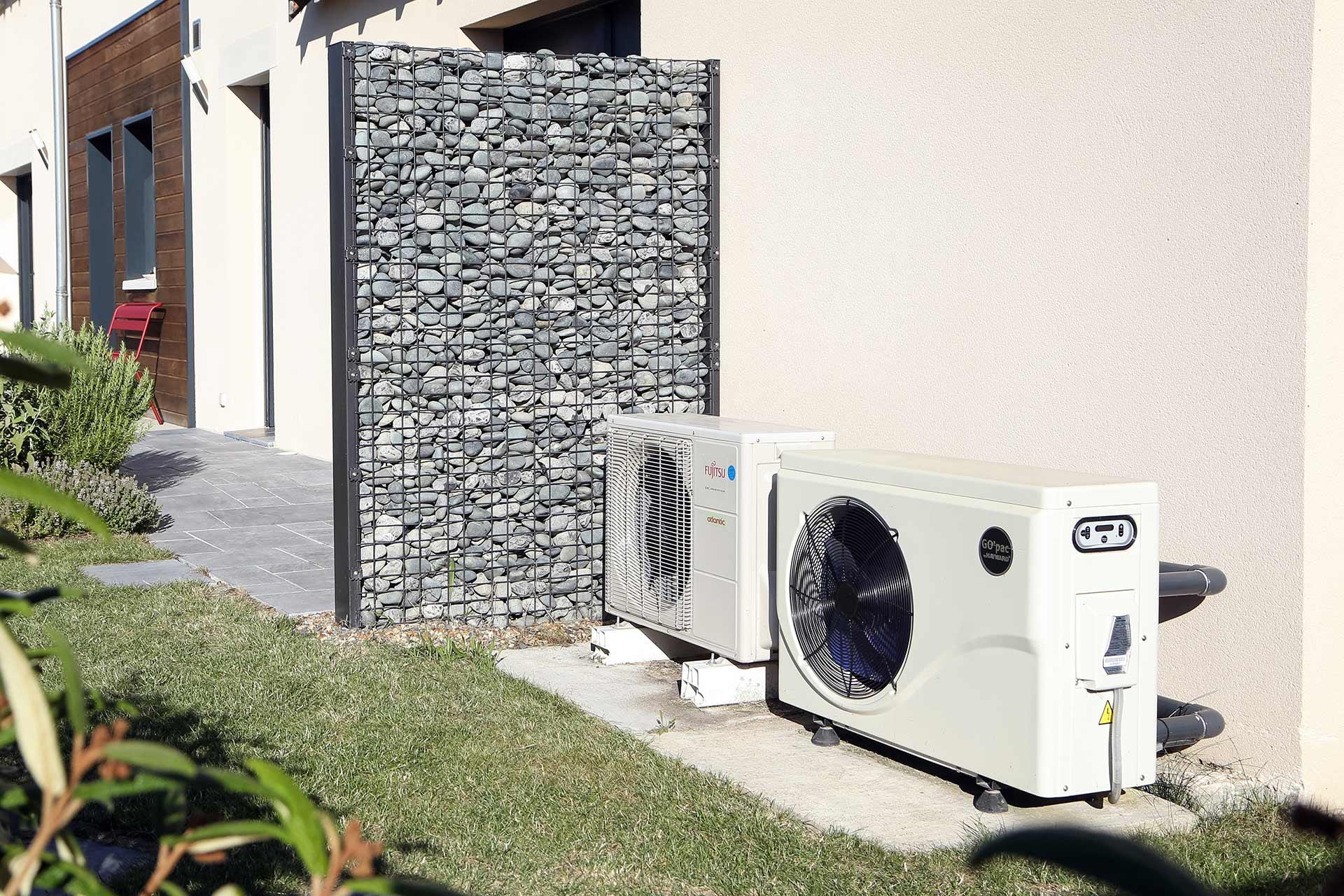 Serrault Jardns vous propose des solutions sur mesure pour cacher efficacement certaines zones de votre jardin.