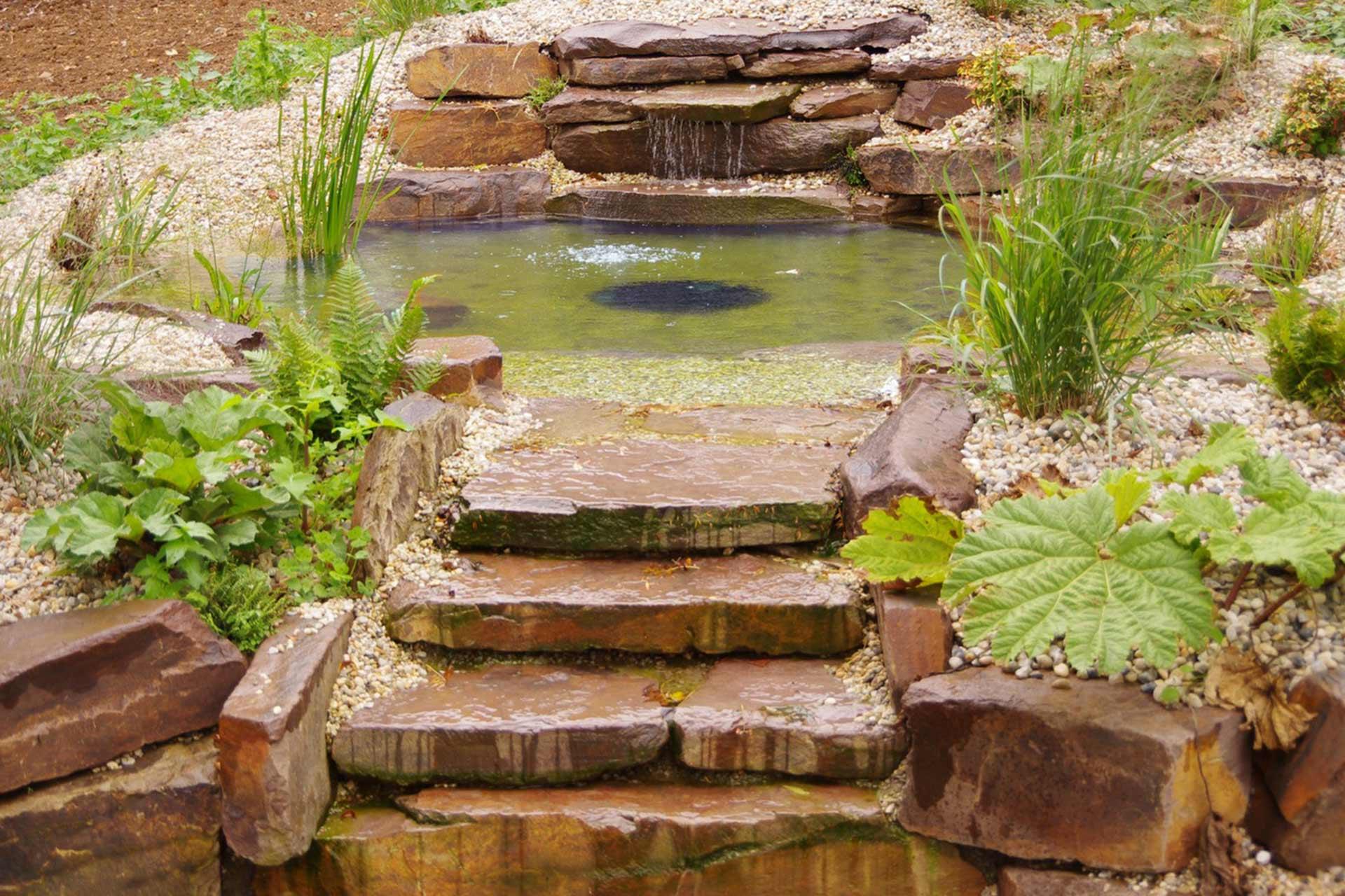 Serrault Jardins, paysagiste, concepteur de jardin réalise des jardins sur mesure.