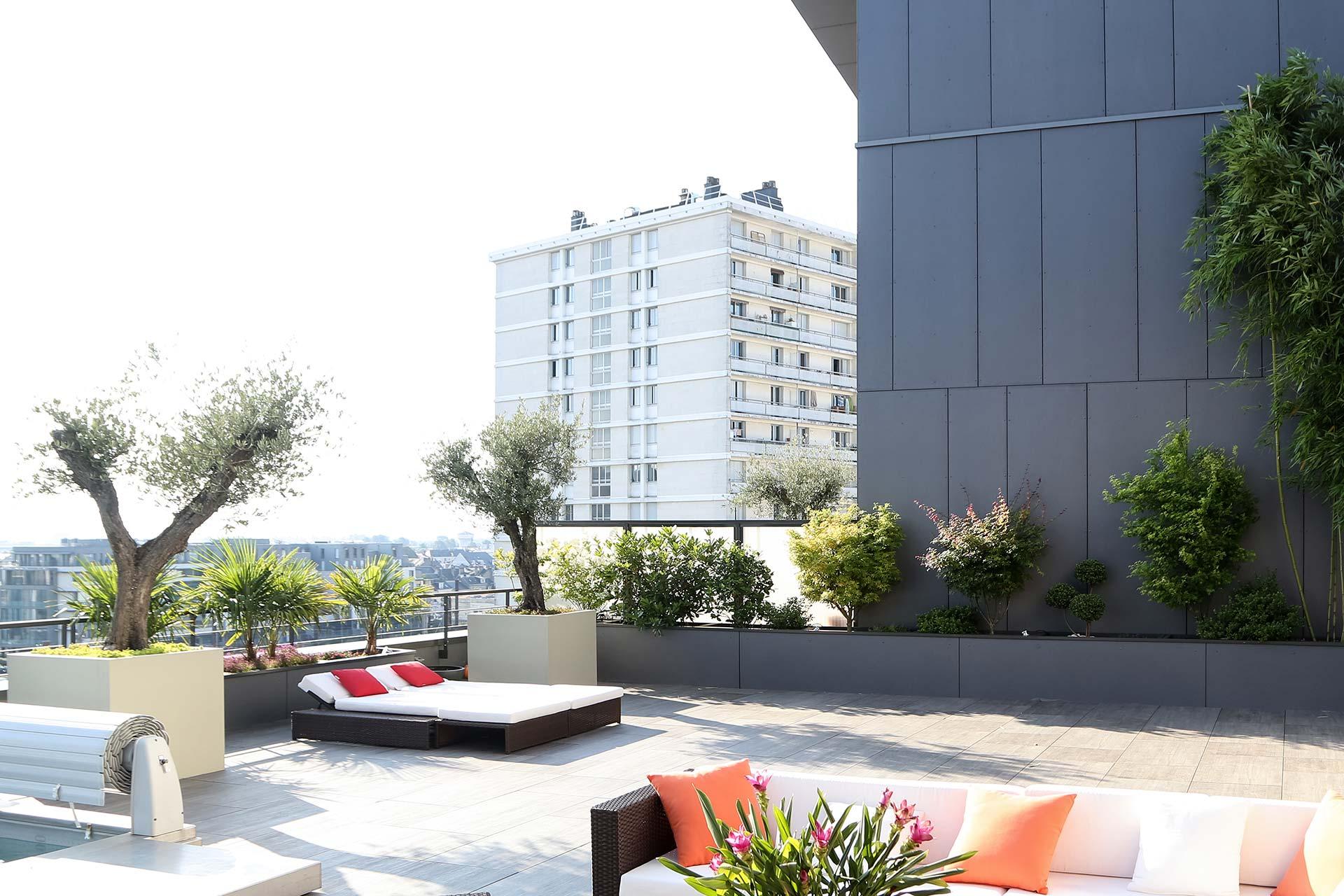 Serrault Jardins, paysagiste en Touraine, vous propose ses services pour votre balcon.