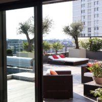 Serrault Jardins propose des aménagements paysagers pour les balcons et toits terrasse.