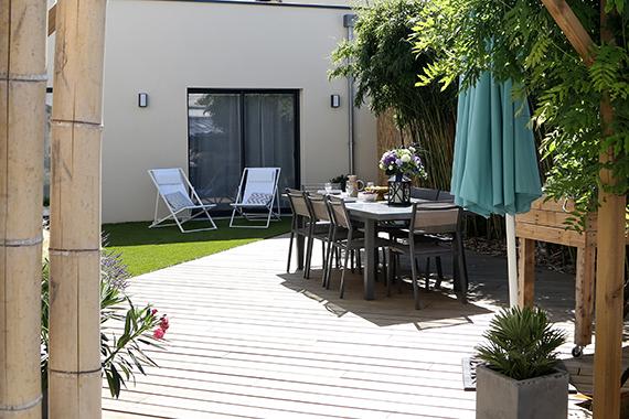 Serrault Jardins est une entreprise du 37 qui vous propose la création de votre terrasse.
