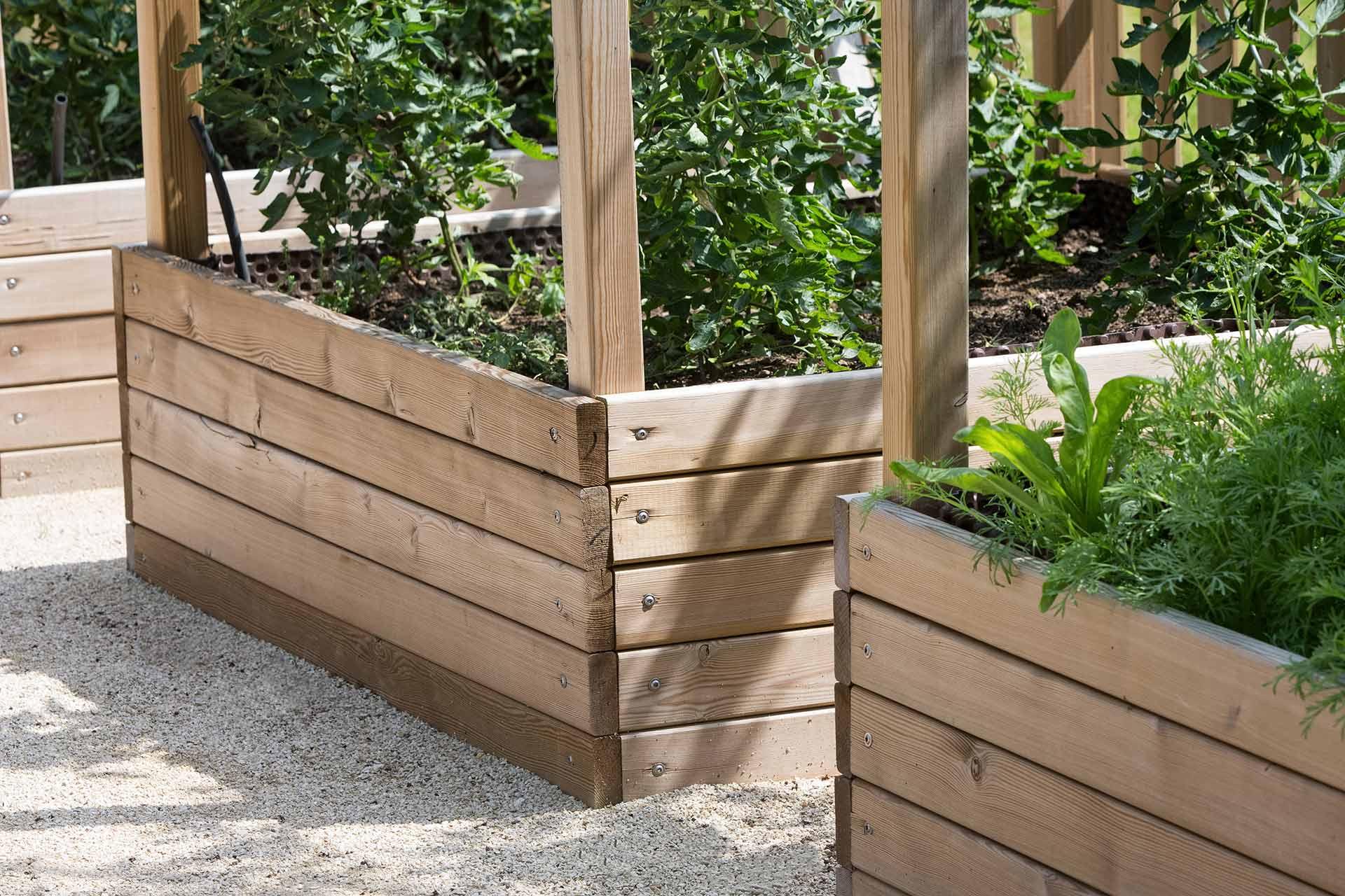 Si vous recherchez un professionnel pour effectuer votre aménagement paysager, contactez Serrault Jardins dans le 37 en Indre et Loire.