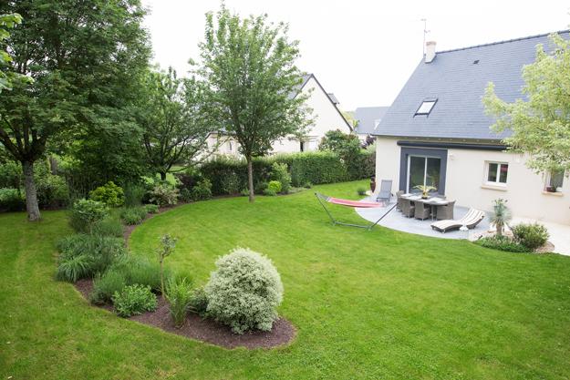 Serrault Jardins, paysagiste en Indre et Loire. vous propose ses services pour vos terrasses en dallage.