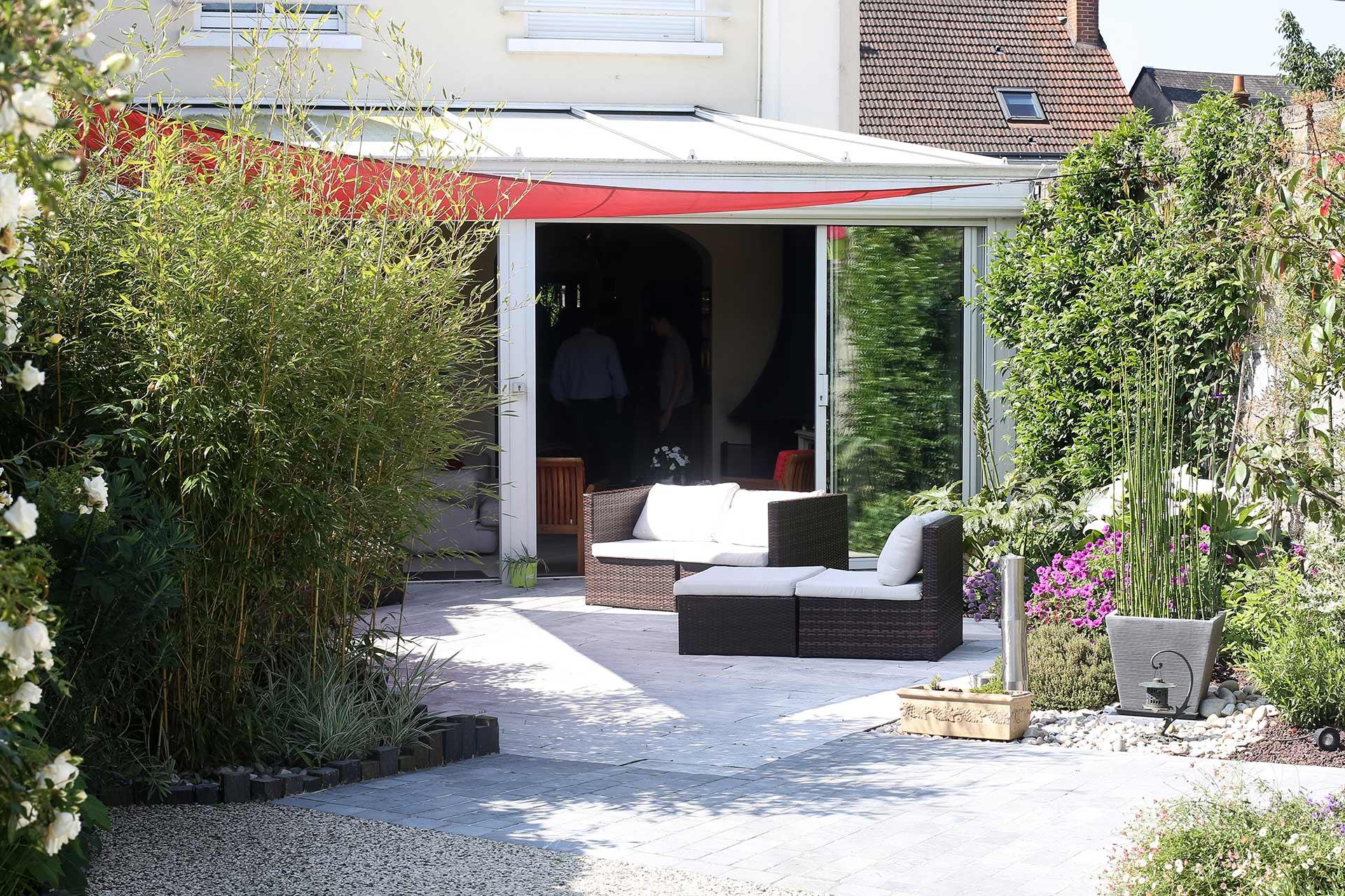 Serrault Jardins, réalise des jardins à la Ville aux Dames et aux alentours : Fondettes, Montlouis-sur-Loire, Rochecorbon....