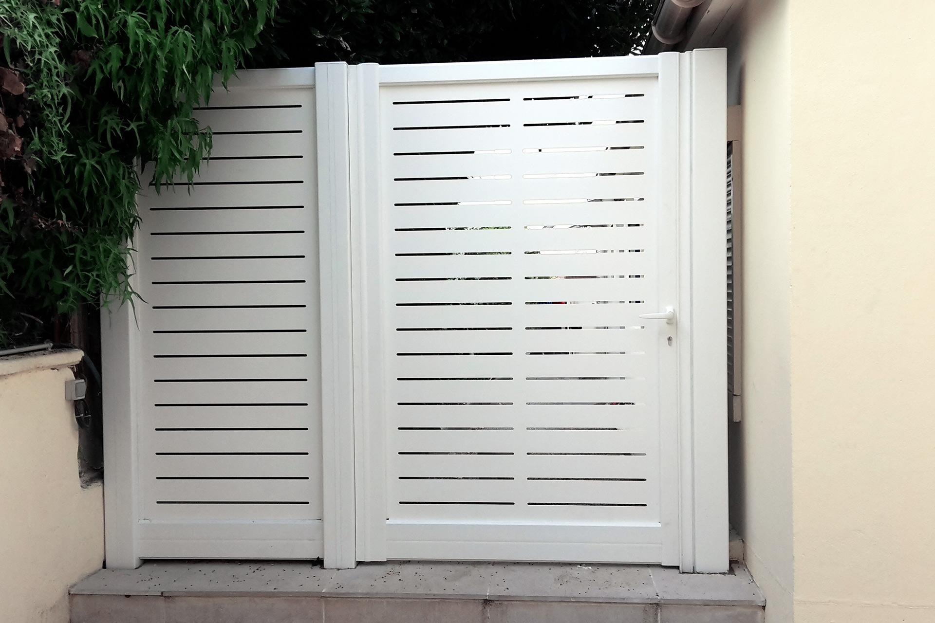 Serrault Jardins paysagiste en Indre et Loire vous propose des portails et clôtures.