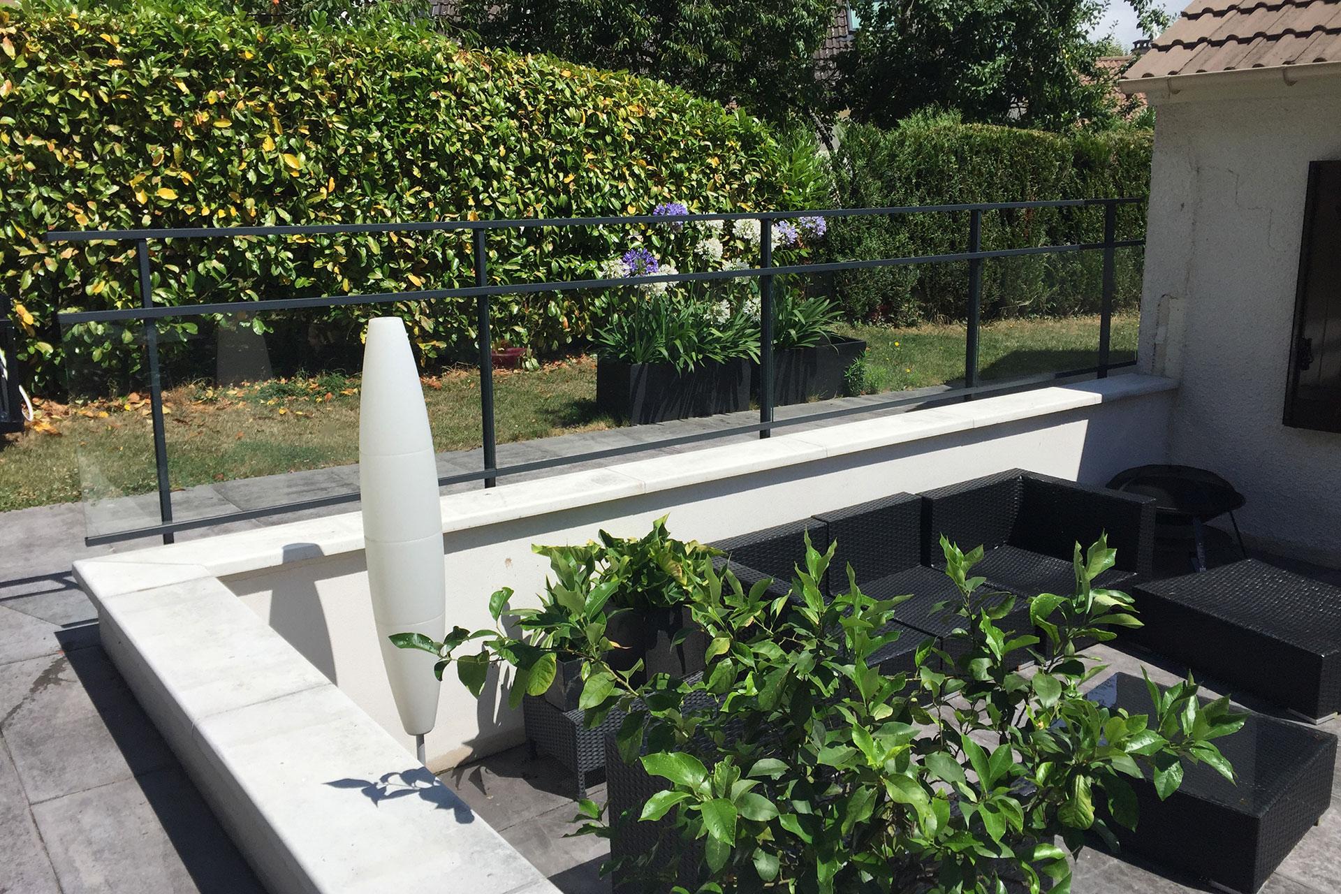 Serrault Jardins vous propose une large gamme de palissades.