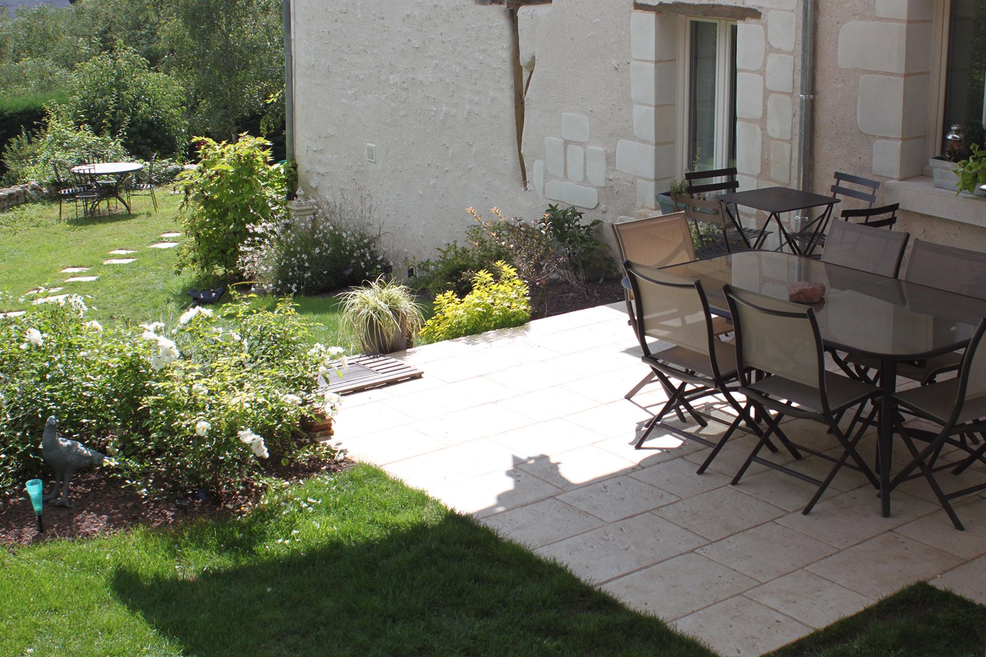 Serrault Jardins crée des terrasses en Indre et Loire dans le 37.